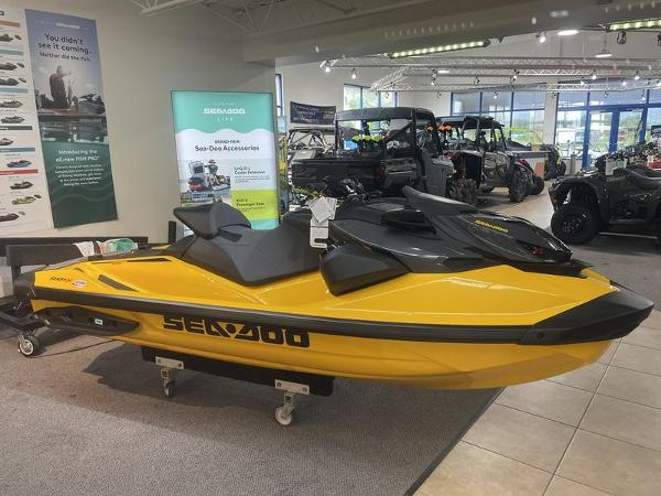 Sea-Doo RXP®-X® 300 IBR & Sound System Millenium Yellow