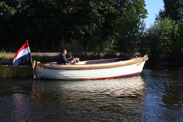 Menken Maritiem BV Piet Hein Sloep 2001