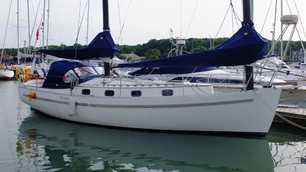 Mach I-freedom Boats FREEDOM 35