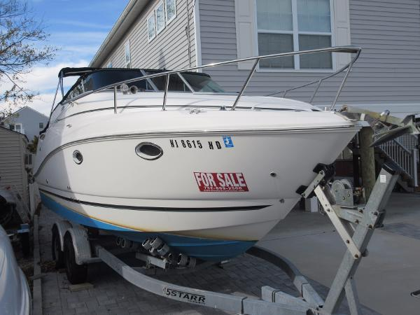 Rinker 260 Express Cruiser