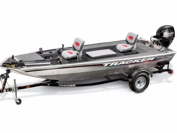 Tracker Panfish™ 16 With trailer