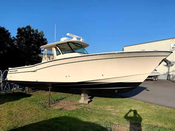 Grady-White 37' CANYON