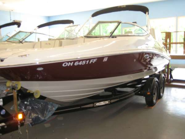 Sea Ray SEA RAY 210 SELECT W350 MAG