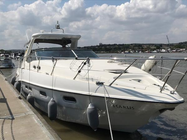 Sealine S38 Sealine S38 Owners photo afloat in  Kent