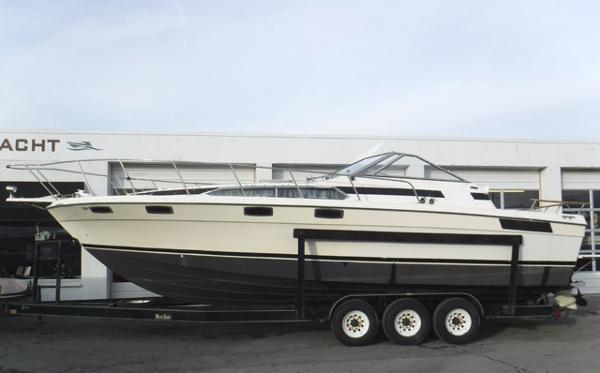 Bayliner Conquest 3250 Sunbridge