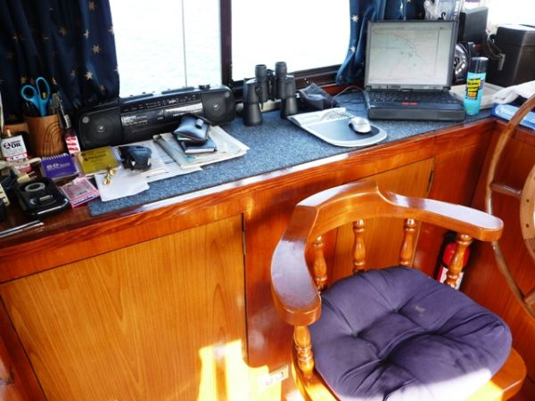 Pilothouse helm working area
