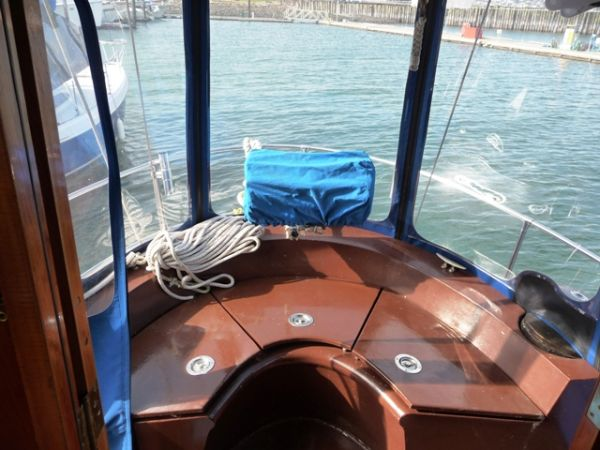 Cockpit aft of pilothouse