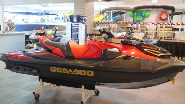 Sea-Doo 10LG RXT-X 300 W/SND