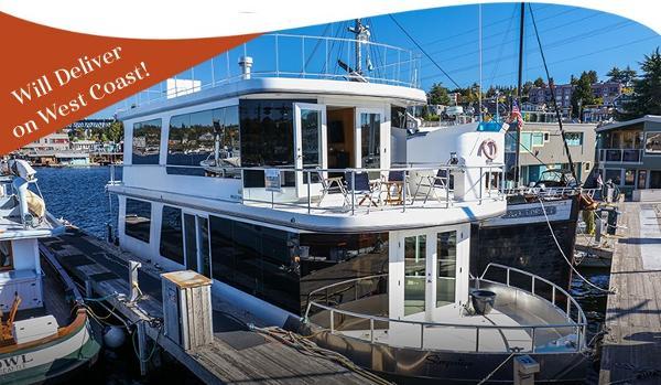 Houseboat Custom