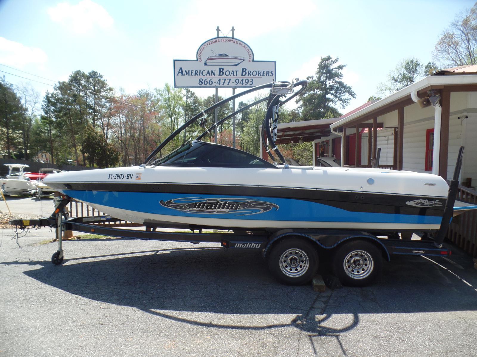 Malibu Boats LLC V-ride 21