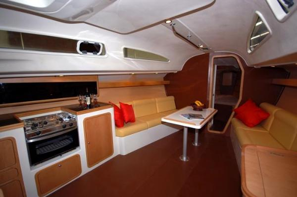 Pacer Yachts 376 R Interior