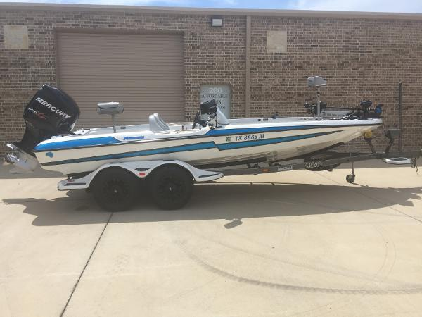Bass Cat Boats Puma