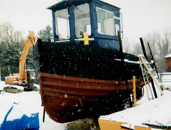 Custom 1952 22.3' x 9.1' x 5.5' Steel Model Bow Truckable Tug