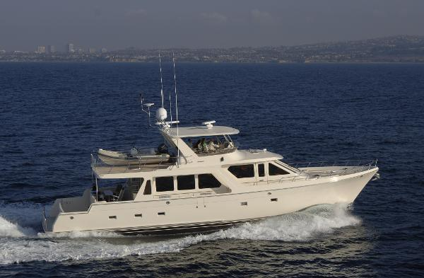 Offshore 72' MY Profile