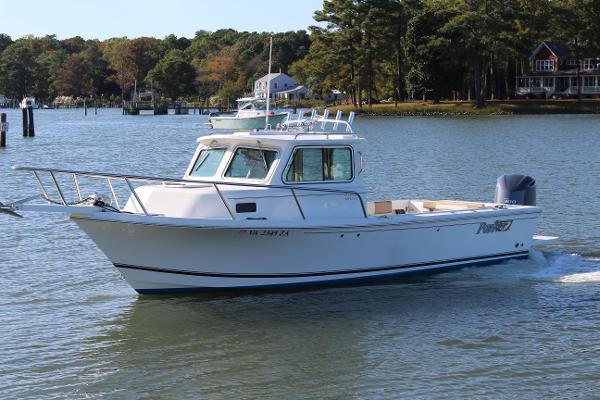 Parker 2320 Sport Cabin