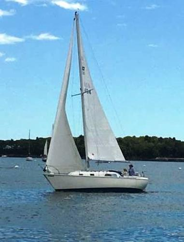Pearson 30 Sloop Under Sail
