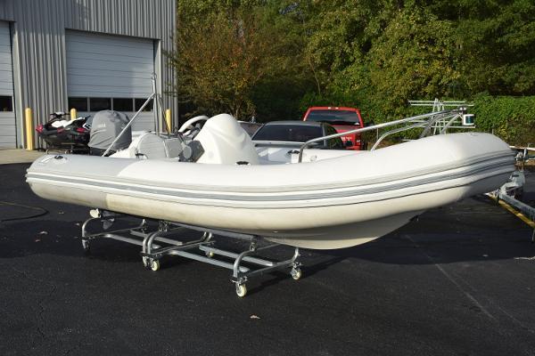 Zodiac Yachtline 470 Dl
