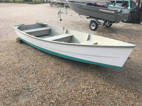 Beetle 12ft Skiff