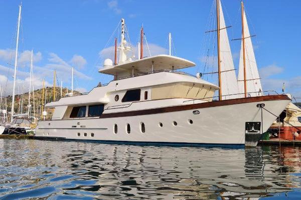 Custom Trawler 30m