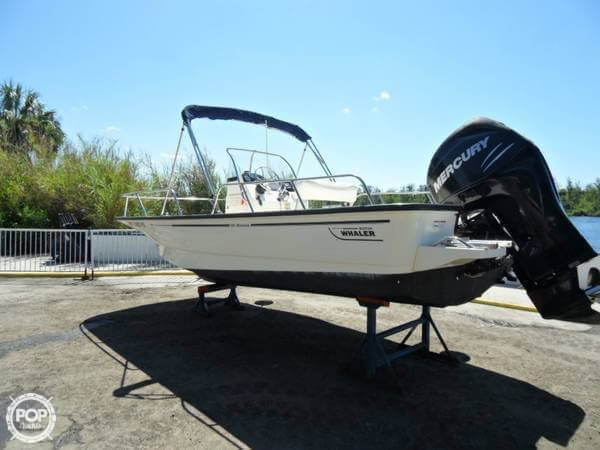 Boston Whaler 190 Montauk 2008 Boston Whaler 19 for sale in Homosassa, FL