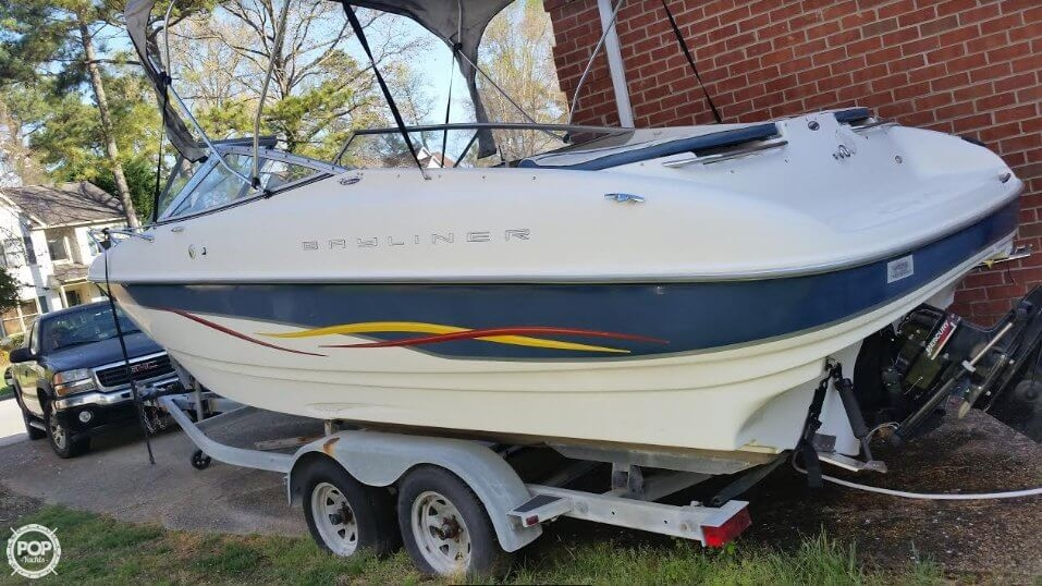 Bayliner Capri 232 LX 2001 Bayliner 23 for sale in Newport News, VA