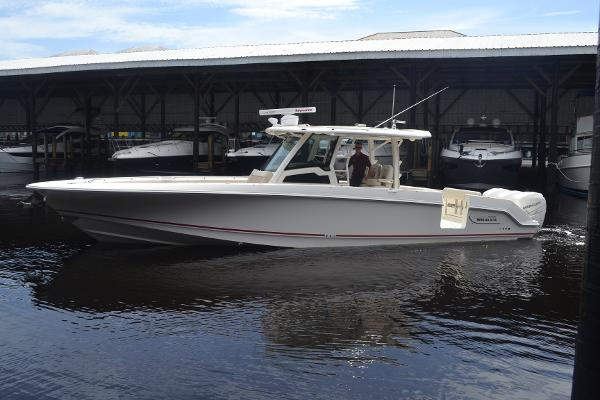 Boston Whaler 380OR