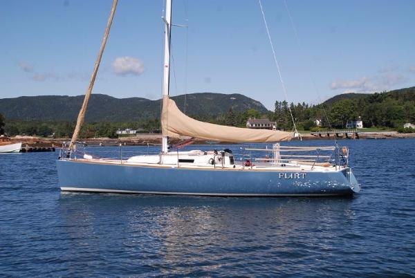 J Boats J/100 J100 J 100 Profile