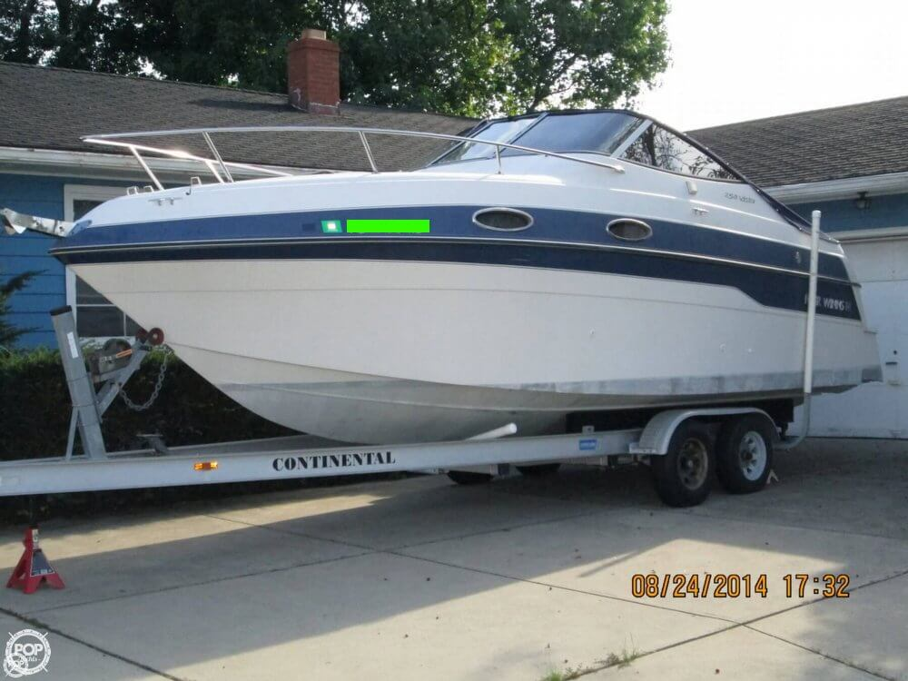 Four Winns 258 Vista 1996 Four Winns 258 Vista for sale in Parma, OH