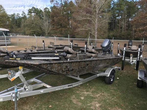 Xpress Stick Steer Crappie XP16PF