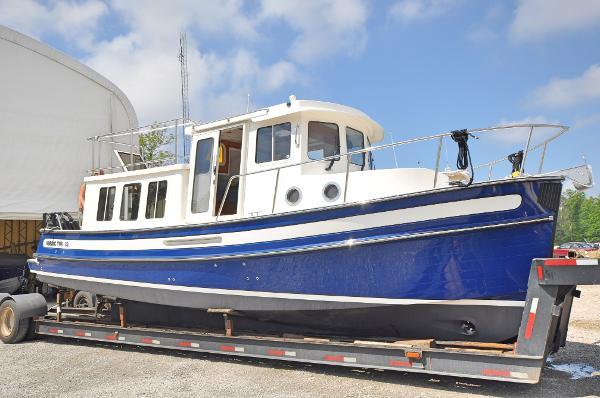 Nordic 32 Starboard Profile