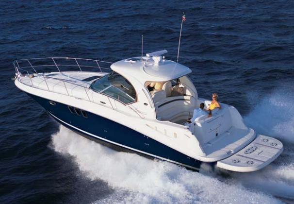 Sea Ray 40 Sundancer Manufacturer Provided Image