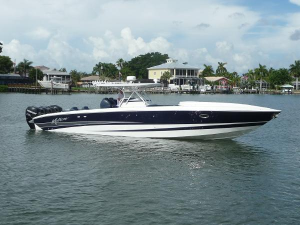 Motion Marine 42 SF Center Console STBD. Exterior