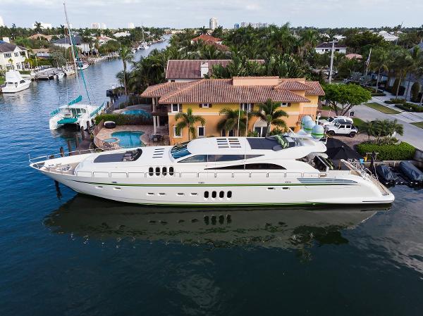 Leopard Motor Yacht Encore