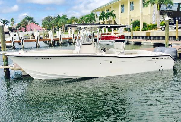 Grady-White 273 Chase Profile