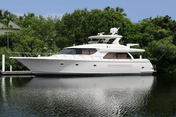 West Bay Motoryacht