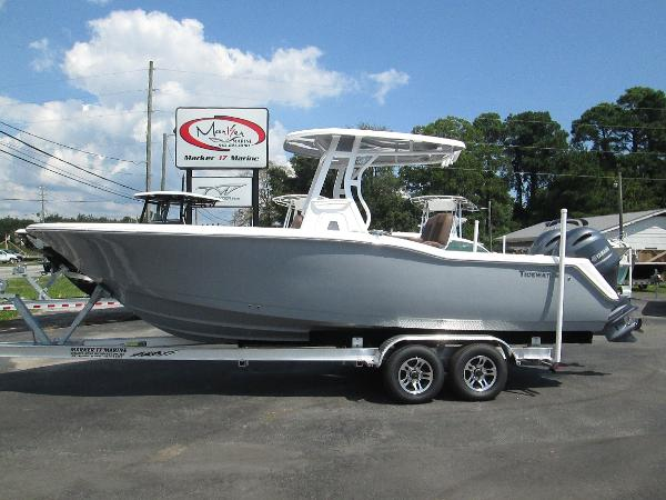 Tidewater Boats 252 Center Console