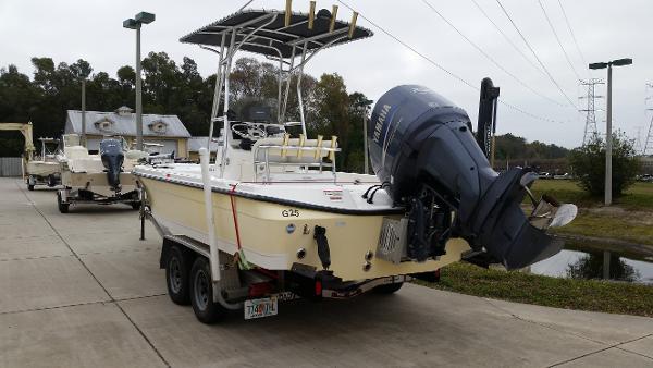 Century 2200 Bay Boat