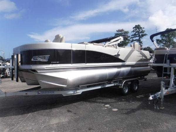 Avalon Catalina Quad Lounge Fish 23'