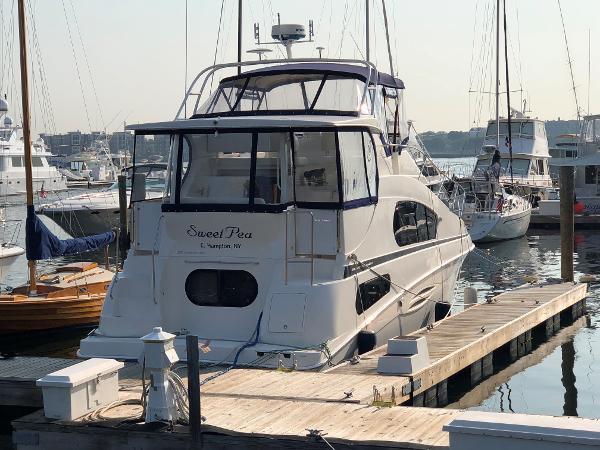 Silverton 39 Motor Yacht Transom