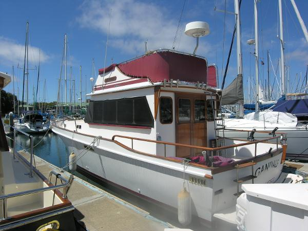 Californian 34 LRC Side View Port