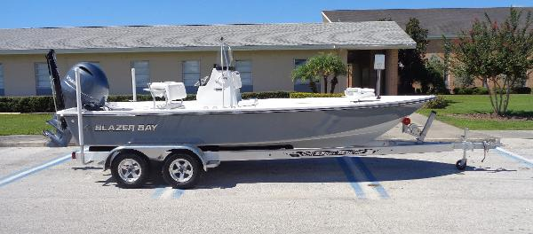 Blazer Boats 2200 CENTER CONSOLE