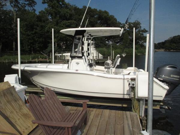 Tidewater Boats 210 LXF Port View