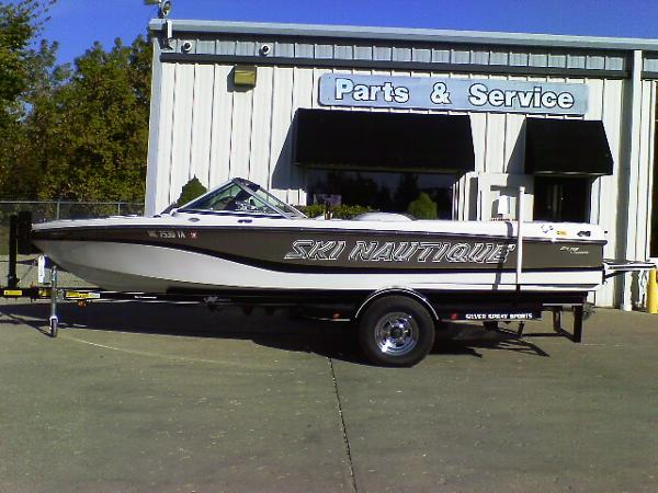 Correct Craft Ski Nautique 206 LE Open Bow