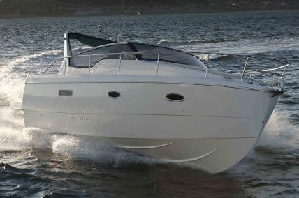 Rodman Spirit 31 Open Stbd Side Bow