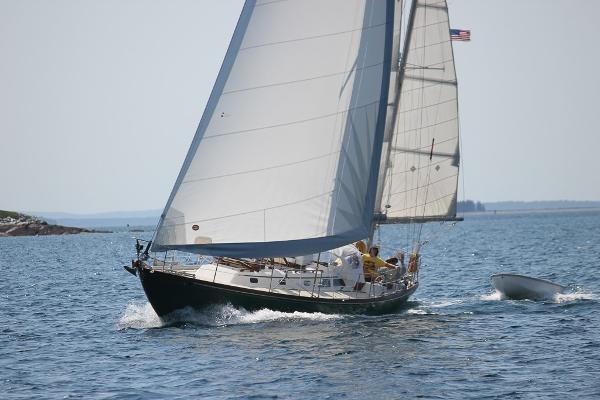 Hinckley Bermuda 40 MK III Yawl Sailing