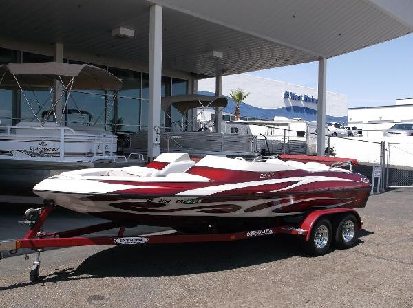 Ultra Boats 21 STEALTH JET BOWRIDER