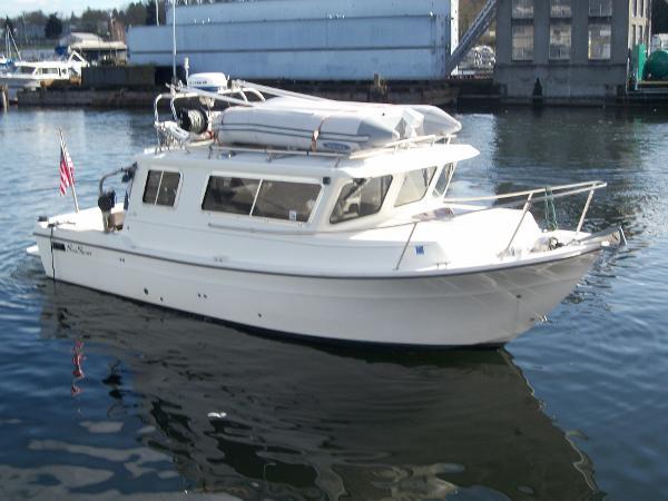 Sea Sport Navigator 2700