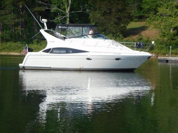 Carver 36 Mariner Profile