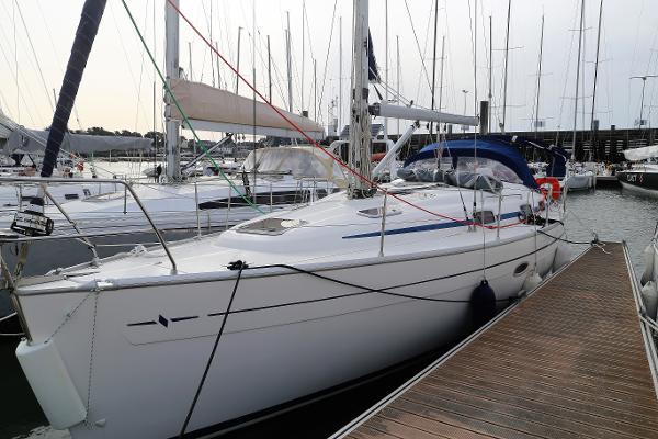 Bavaria 37 Cruiser Bavaria 37 Cruiser