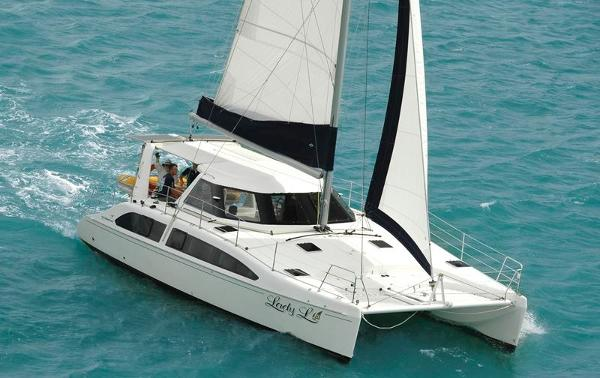 Seawind 1160 Deluxe Seawind 1160 Deluxe